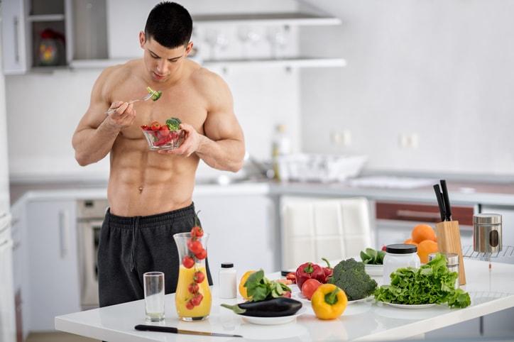 Nutrição completa auxilia na recuperação total do músculo