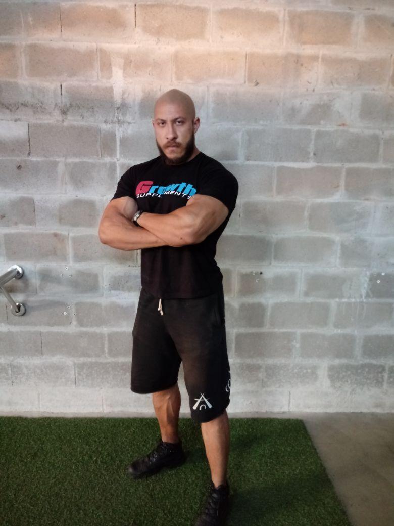 Fisiculturista Cleber Morais Team Growth